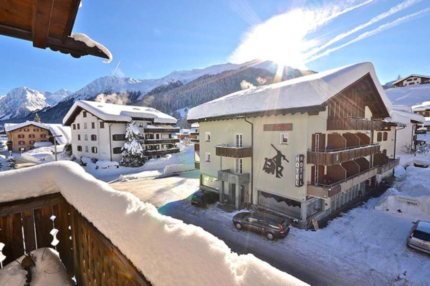 Sport-Lodge Klosters im Winter